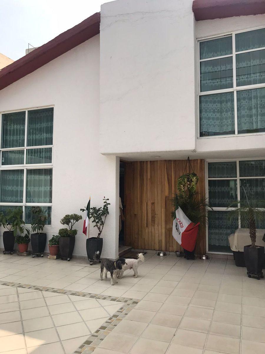 1 de 14: fachada de la casa