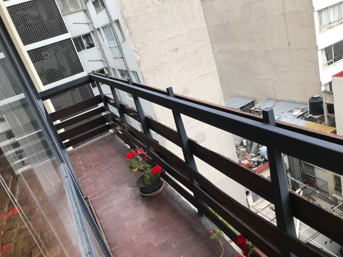 7 de 15: balcón