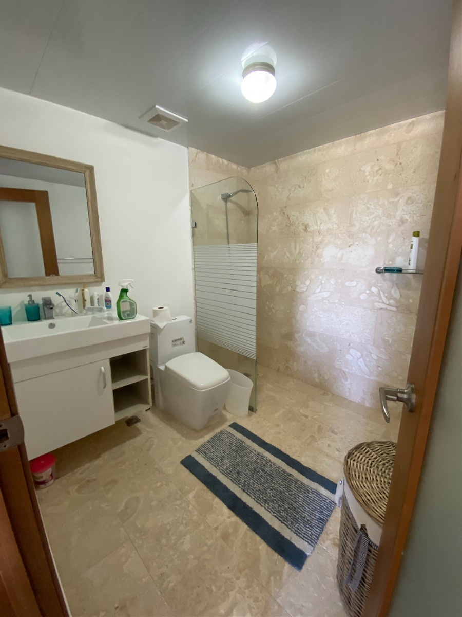 19 de 25: Baño de la 2da habitación