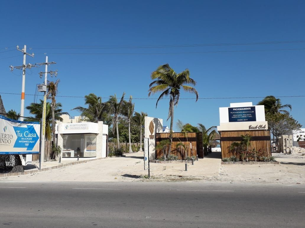 35 de 41: Club de playa