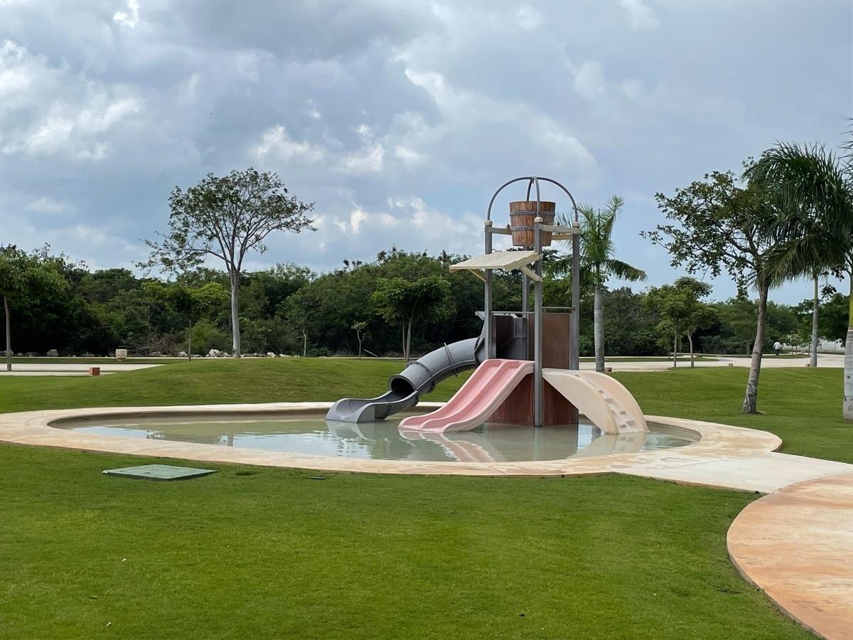 34 de 36: Aqua park