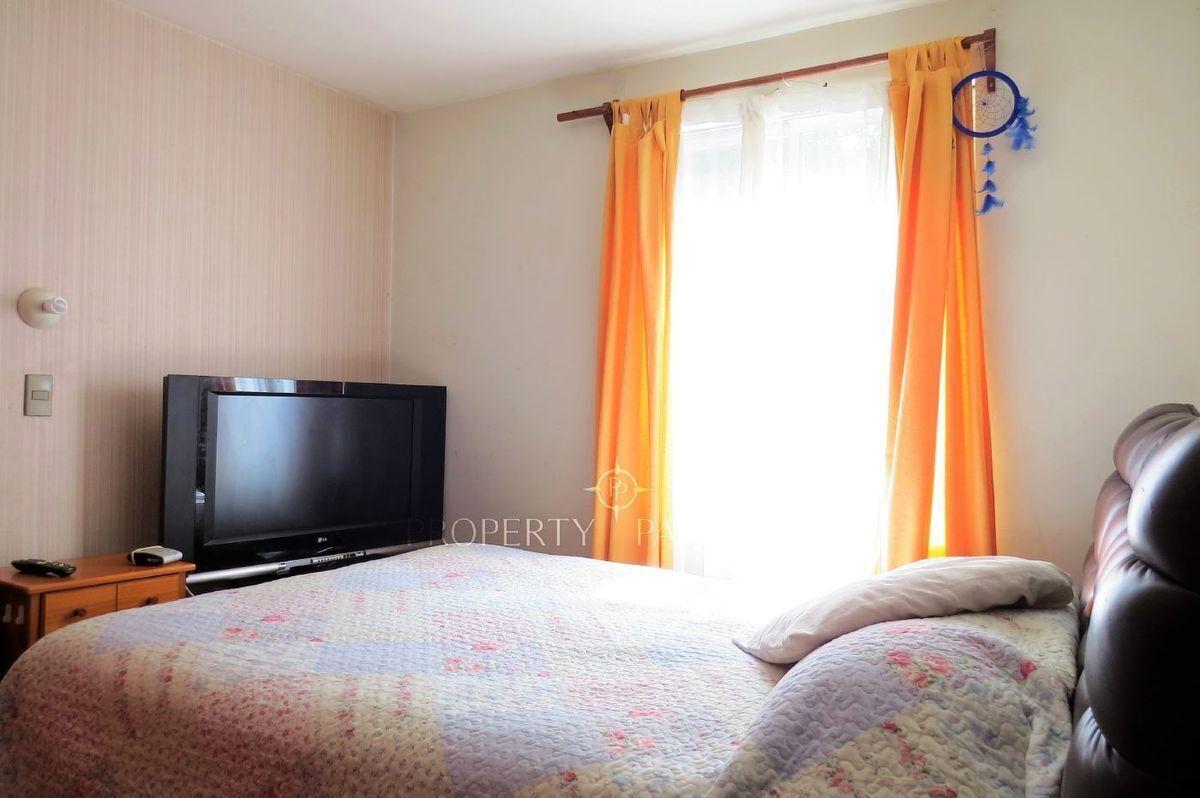 7 de 11: Dormitorio visita