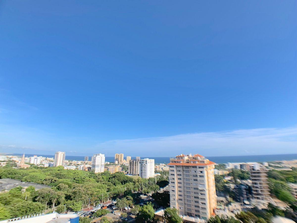 15 de 18: Vista desde el balcón