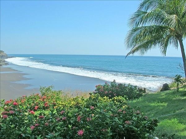 33 de 35: Vista Playa Privada