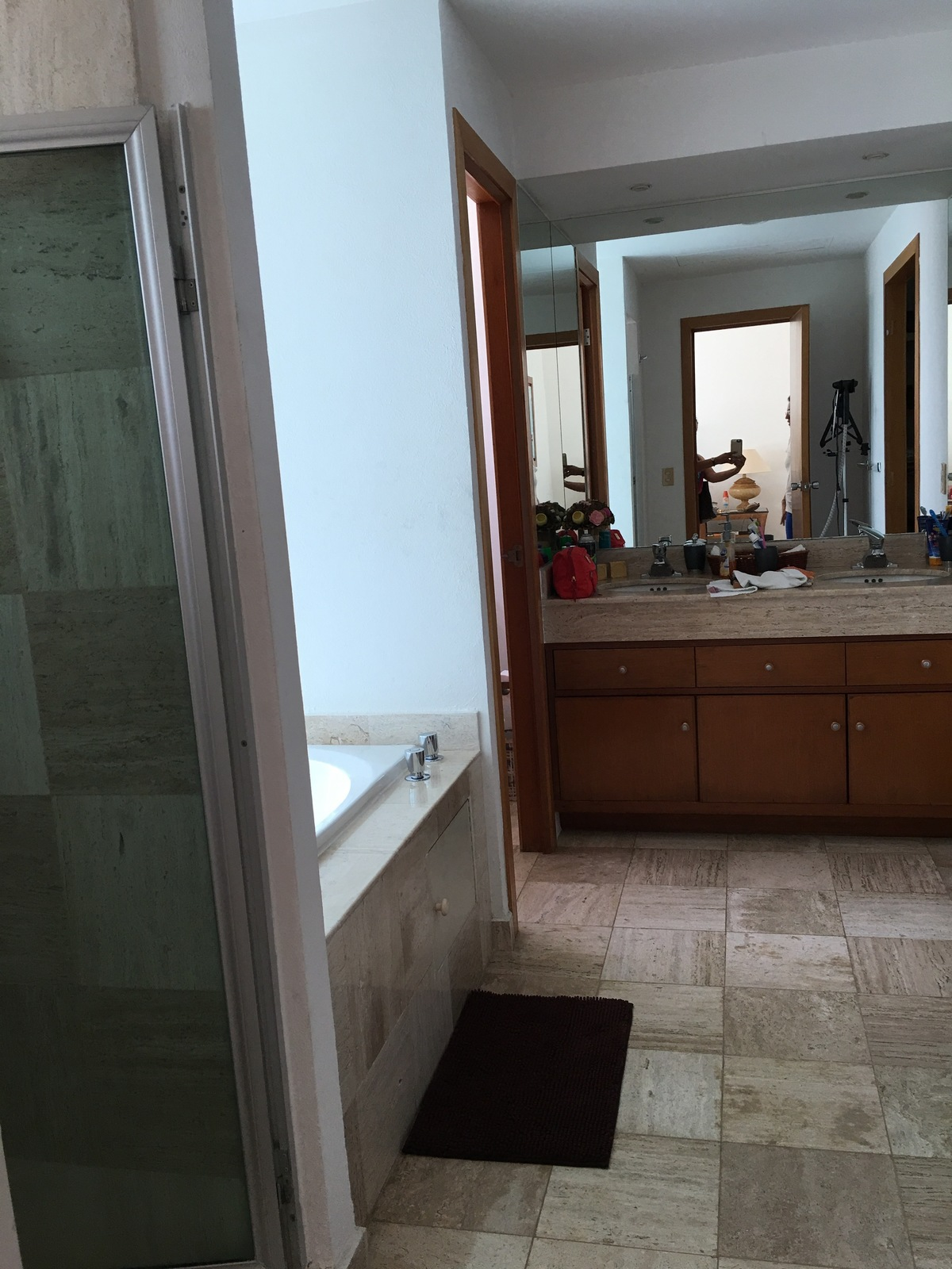 13 de 15: baño rec principal, con jacuzzy