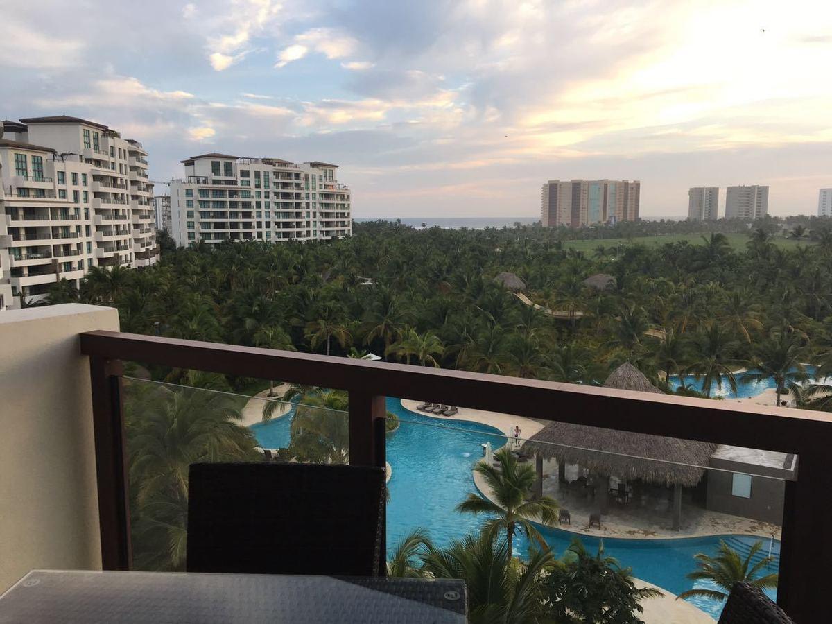 16 de 26: Vista del balcon