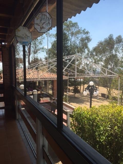13 de 23: Vista de Terraza a Salon de Fiestas y Velaria
