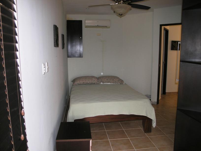 7 of 9: Guest Bedroom