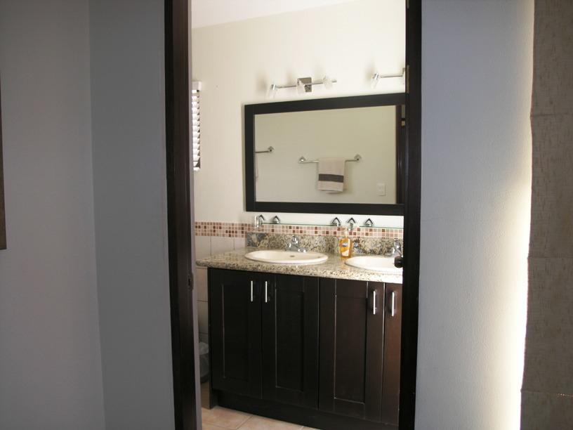 5 of 9: Master Bathroom