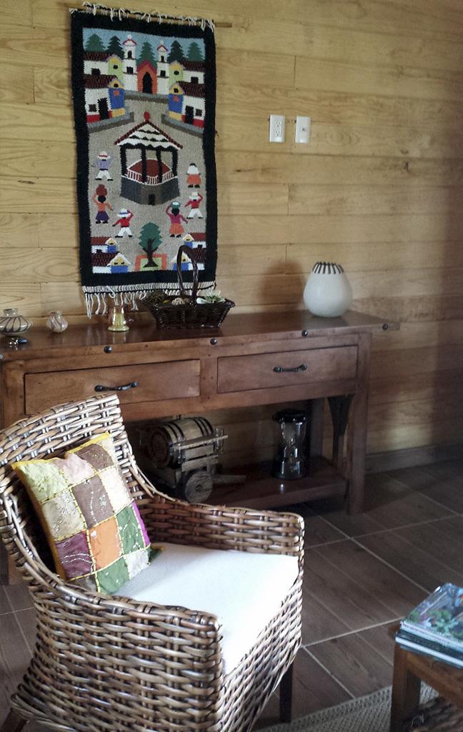 15 of 18: interior de cabaña modelo