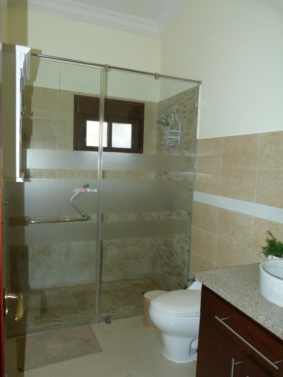 13 de 18: Baño hab  principal