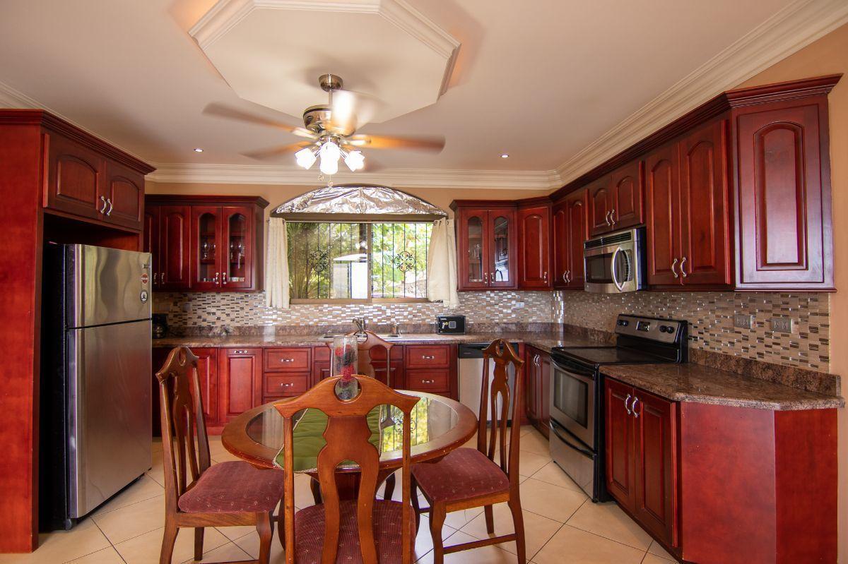 2 of 9: Ocean view kitchen