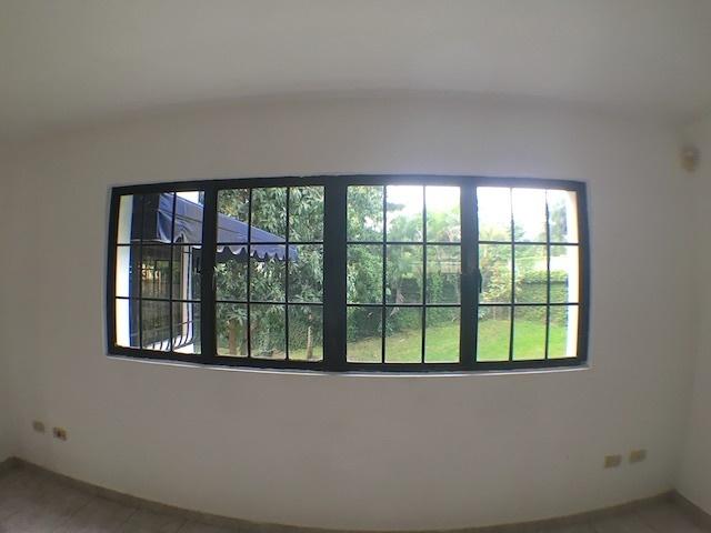8 de 18: Acabados de ventanas