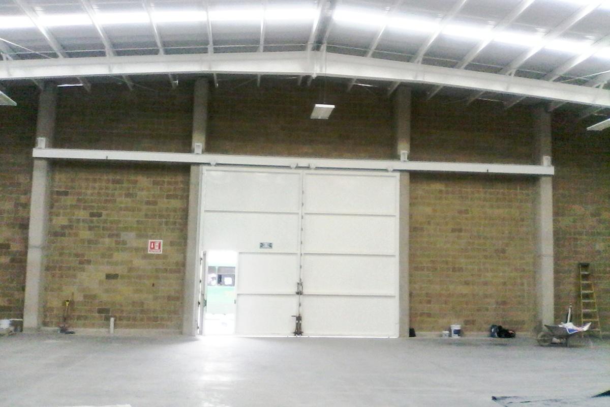 9 de 15: Frente Interior de Bodega