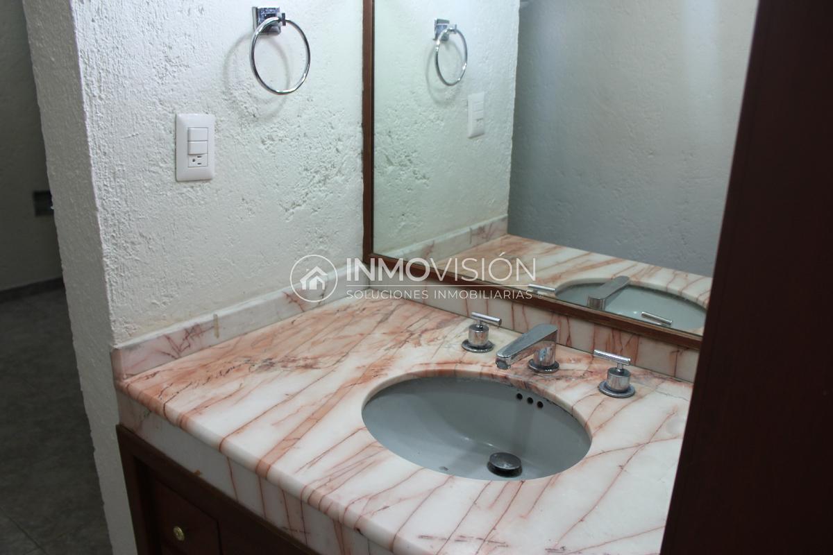 34 de 46: Baño acabados interior