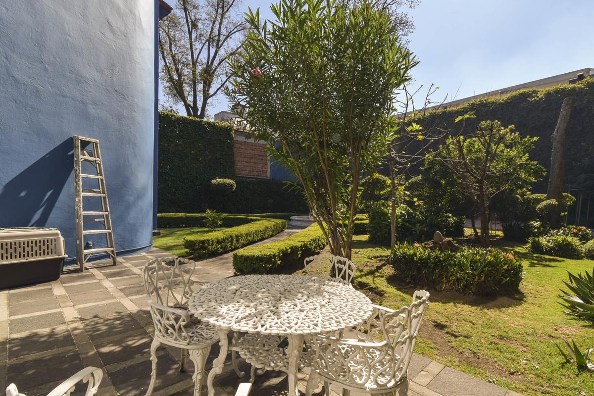 6 de 20: Agradable terraza en el jardín
