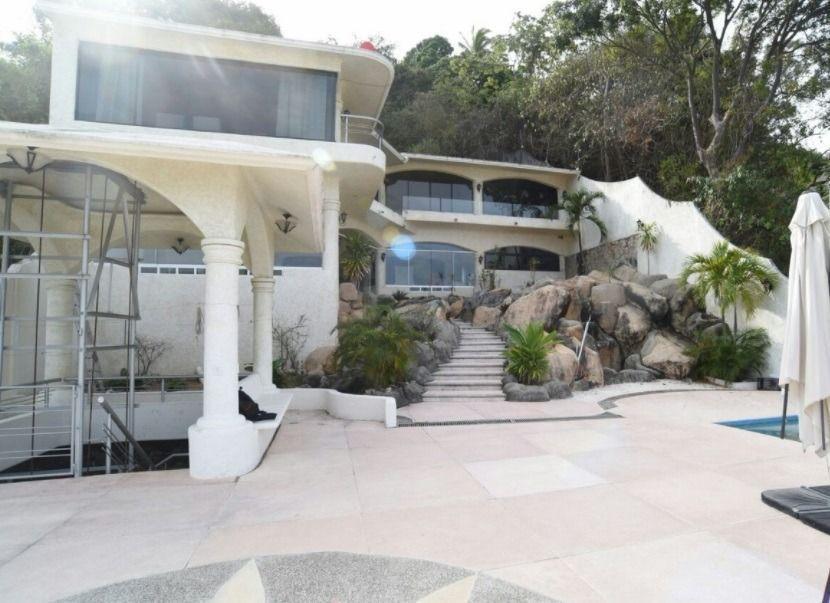 2 de 51: residencia de 6 niveles en venta en acapulco