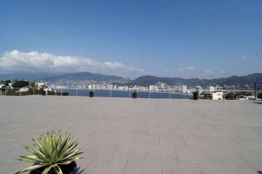 6 de 20: terraza con vista a la bahia de acapulco