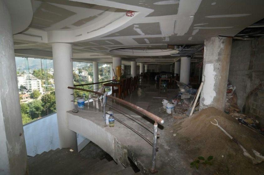 12 de 20: edificio en av. escenica