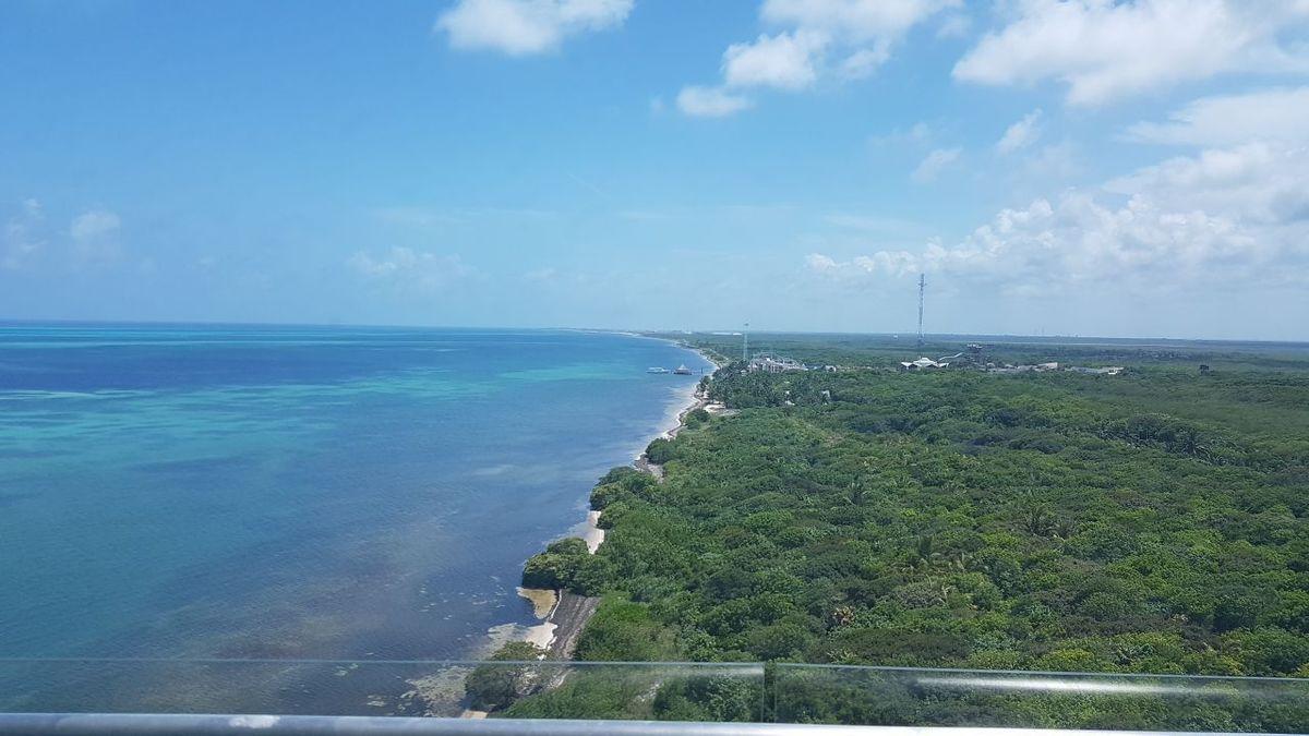 8 de 21: vista al mar caribe