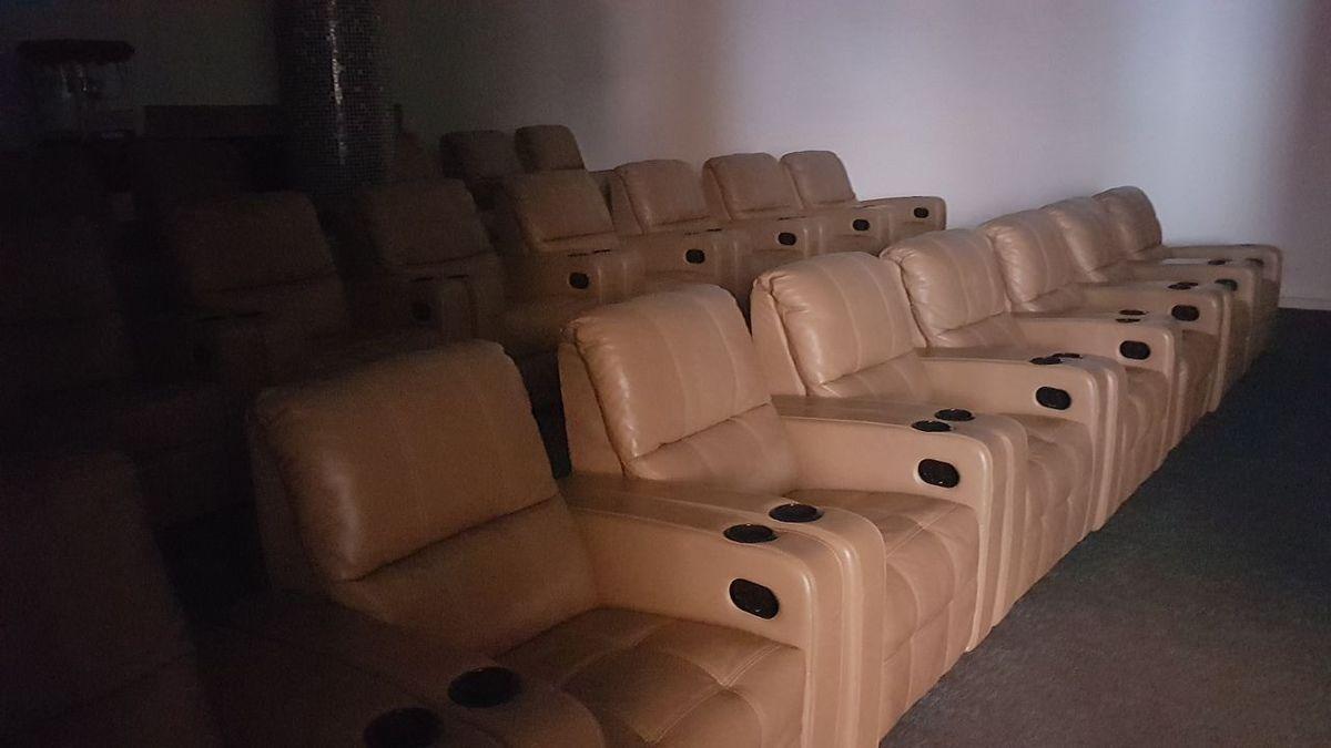 12 de 21: sala de cine