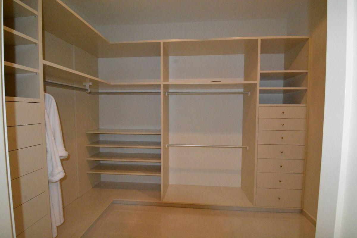 12 de 50: closets