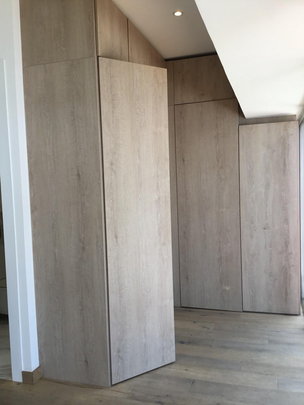 9 de 19: Closets Departamento muestra