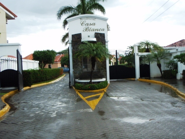 2 of 16: Casa Blanca gated entry