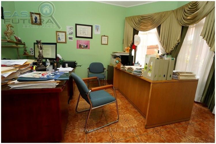 32 de 39: Estudio u Oficina
