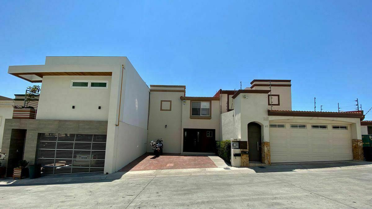 2 de 40: Fachada Principal : zuksa bienes raíces en Tijuana