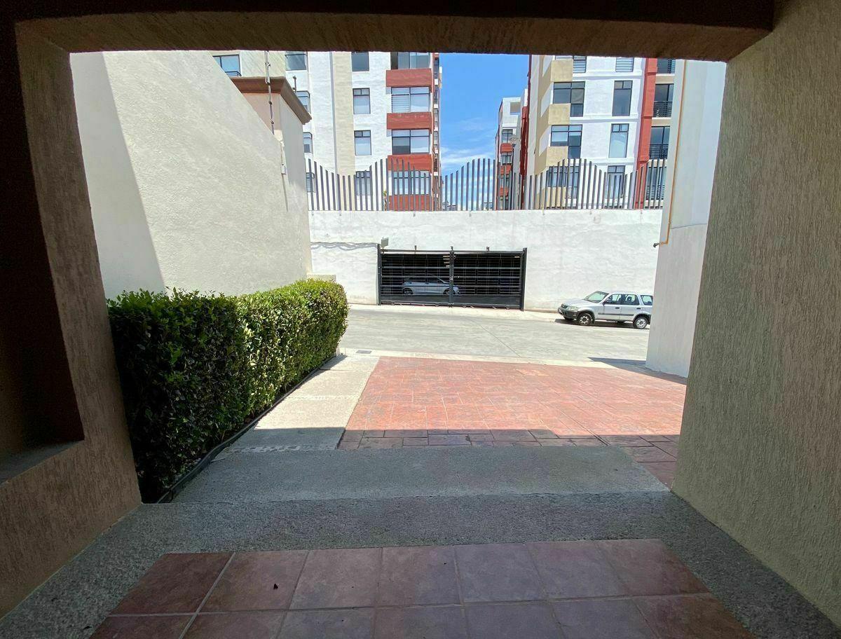 5 de 40: Fachada Principal : zuksa bienes raíces en Tijuana