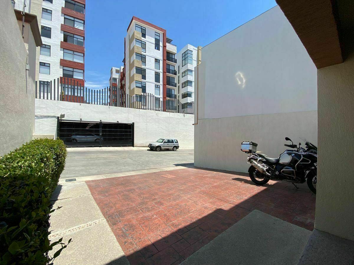 6 de 40: Fachada Principal : zuksa bienes raíces en Tijuana