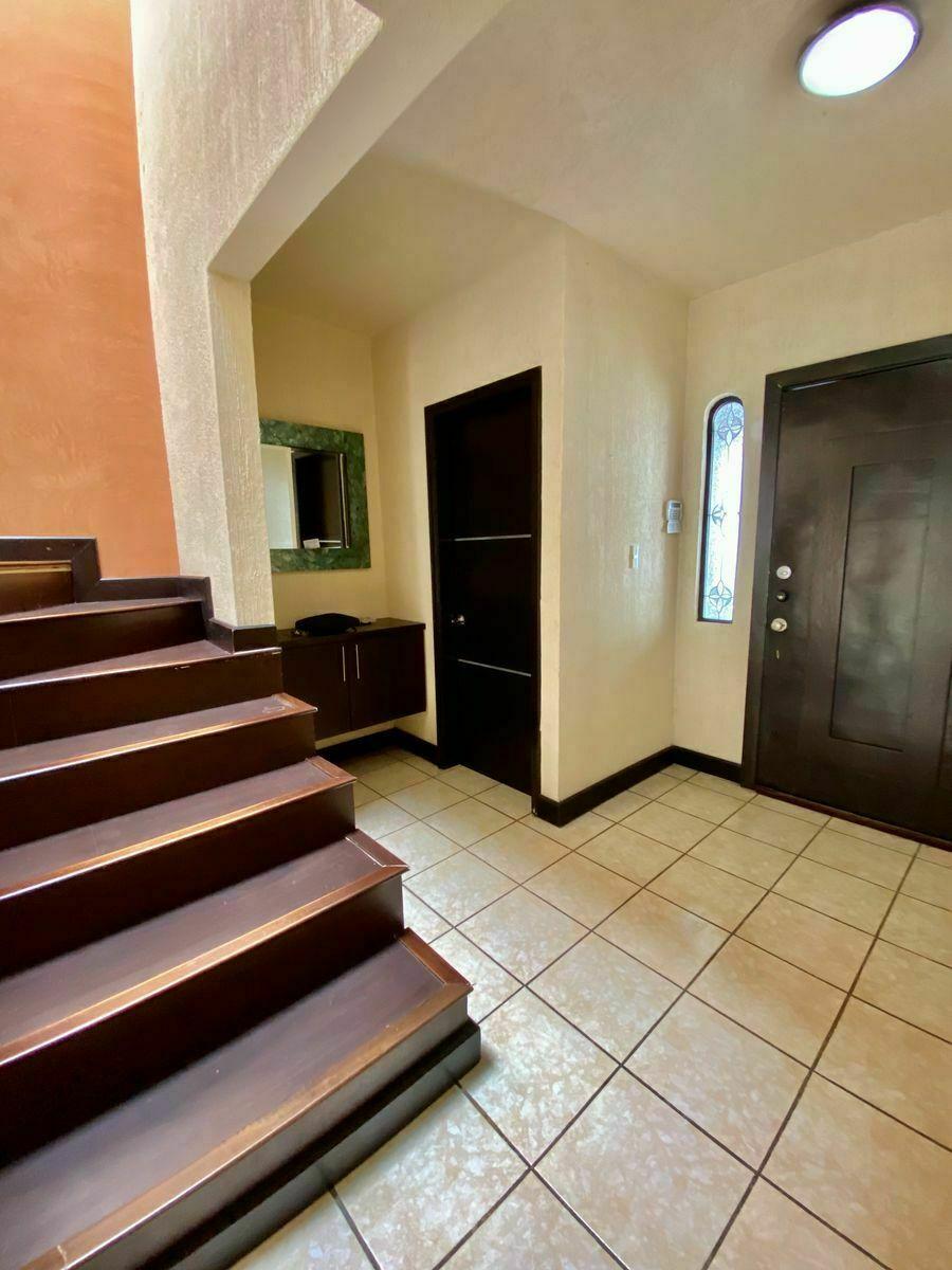 11 de 40: Medio Baño : zuksa bienes raíces en Tijuana