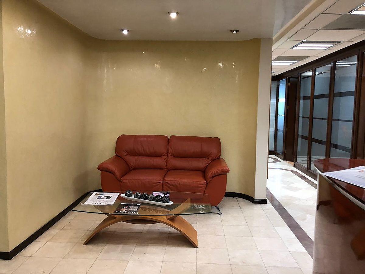 19 de 28: Sala de espera