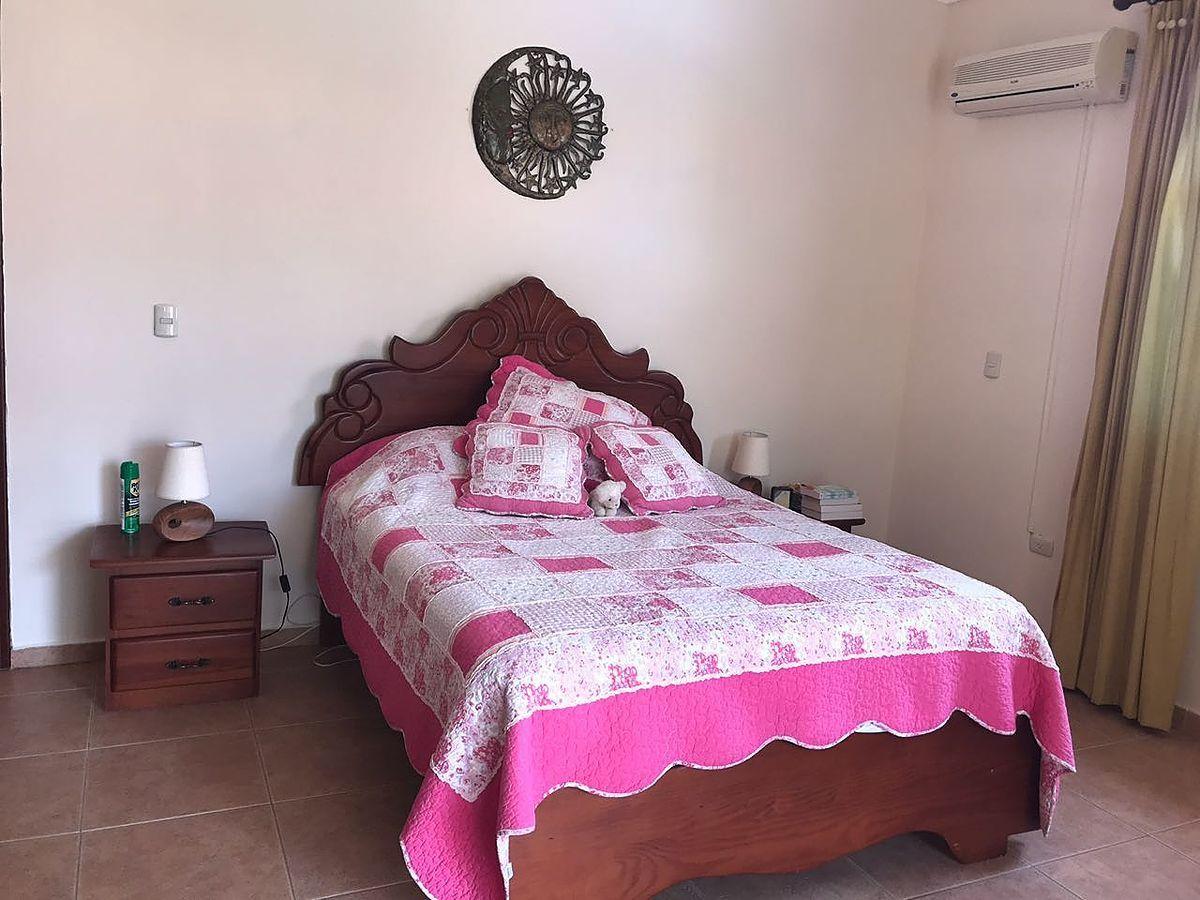2 de 22: Dormitorio Principal con balcon
