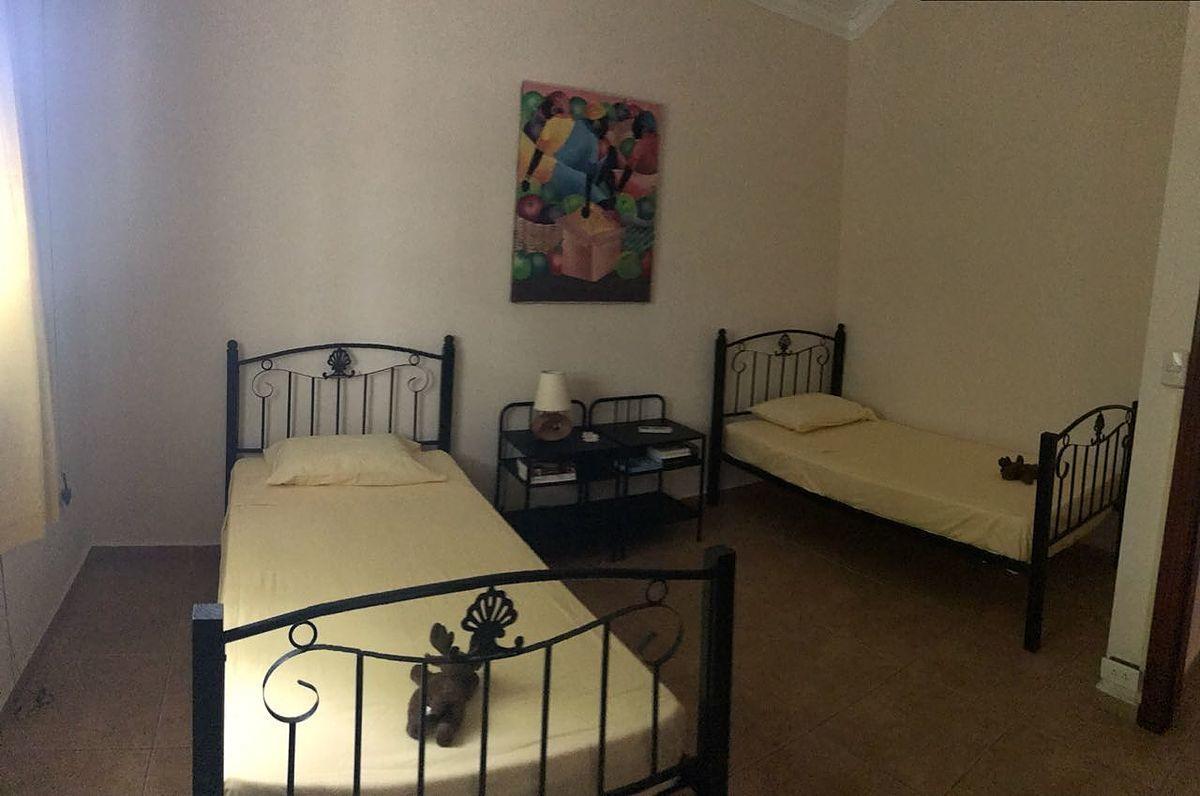 14 de 22: Dormitorio 4