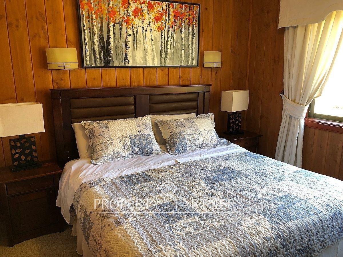 11 de 19: Dormitorio principal.