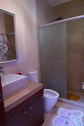 20 de 22: Baño Habitación 3