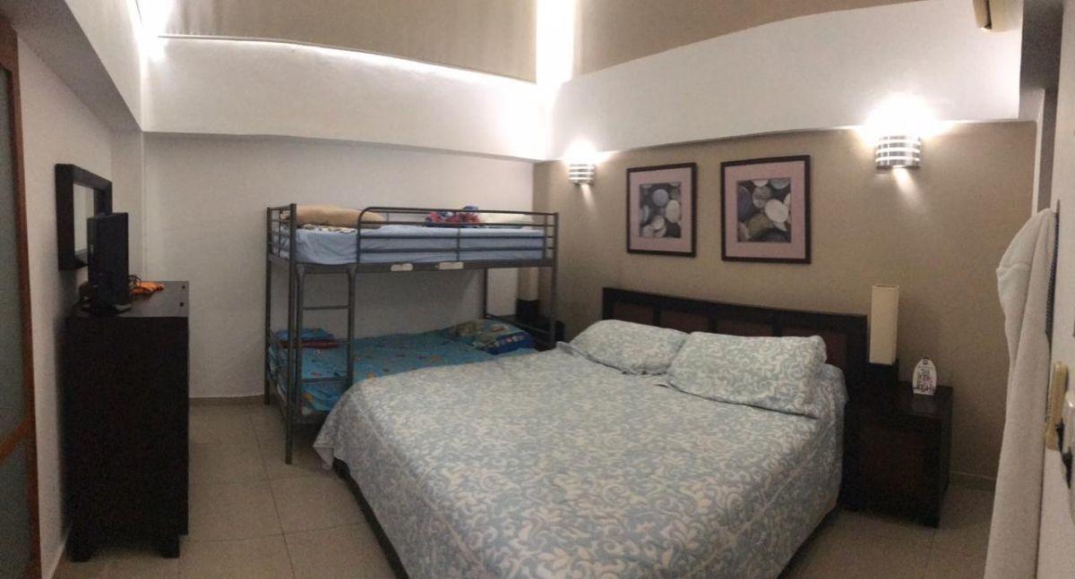 18 de 41: Dormitorio 2