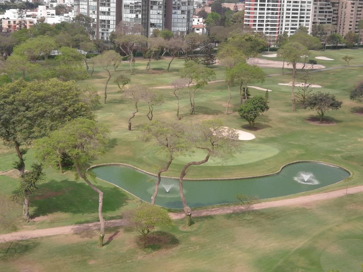 2 de 33: Espectacular Vista al Golf de san Isidro