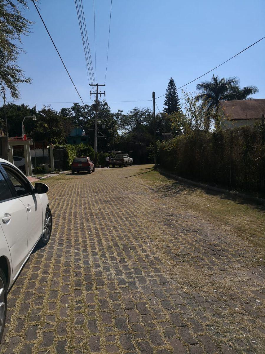 2 de 6: Calles adoquinadas