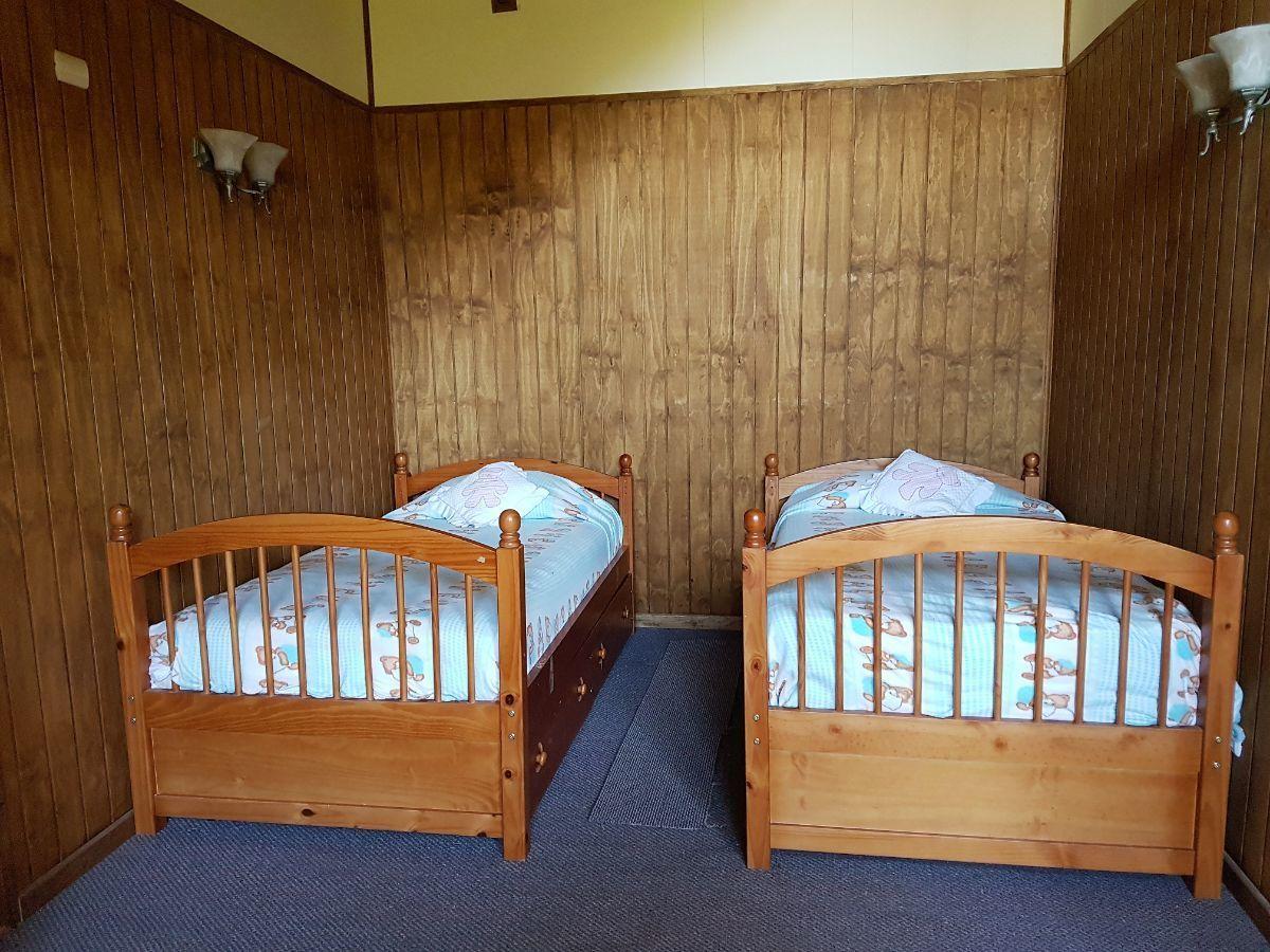 6 de 14: Dormitorio de visitas.