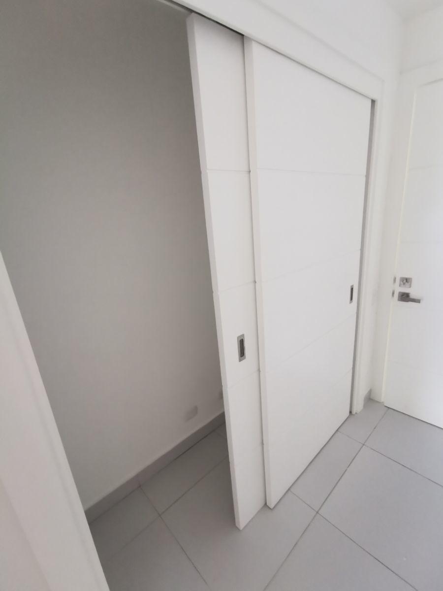 11 de 23: Closet