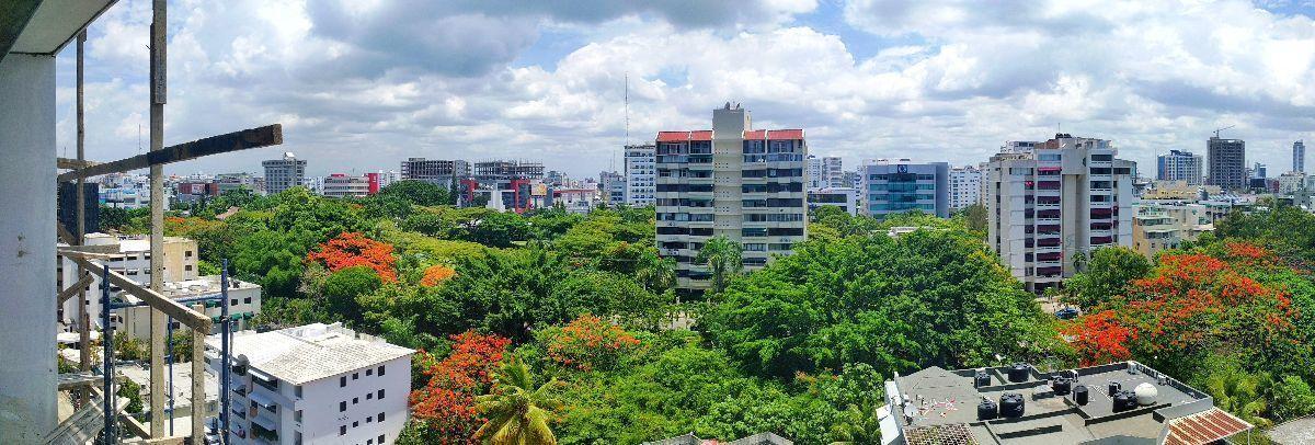 4 de 16: Vista inigualable al Norte de la ciudad de Santo Domingo.