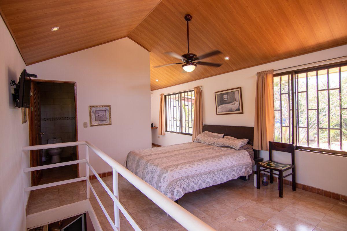 10 of 19: Main bedroom